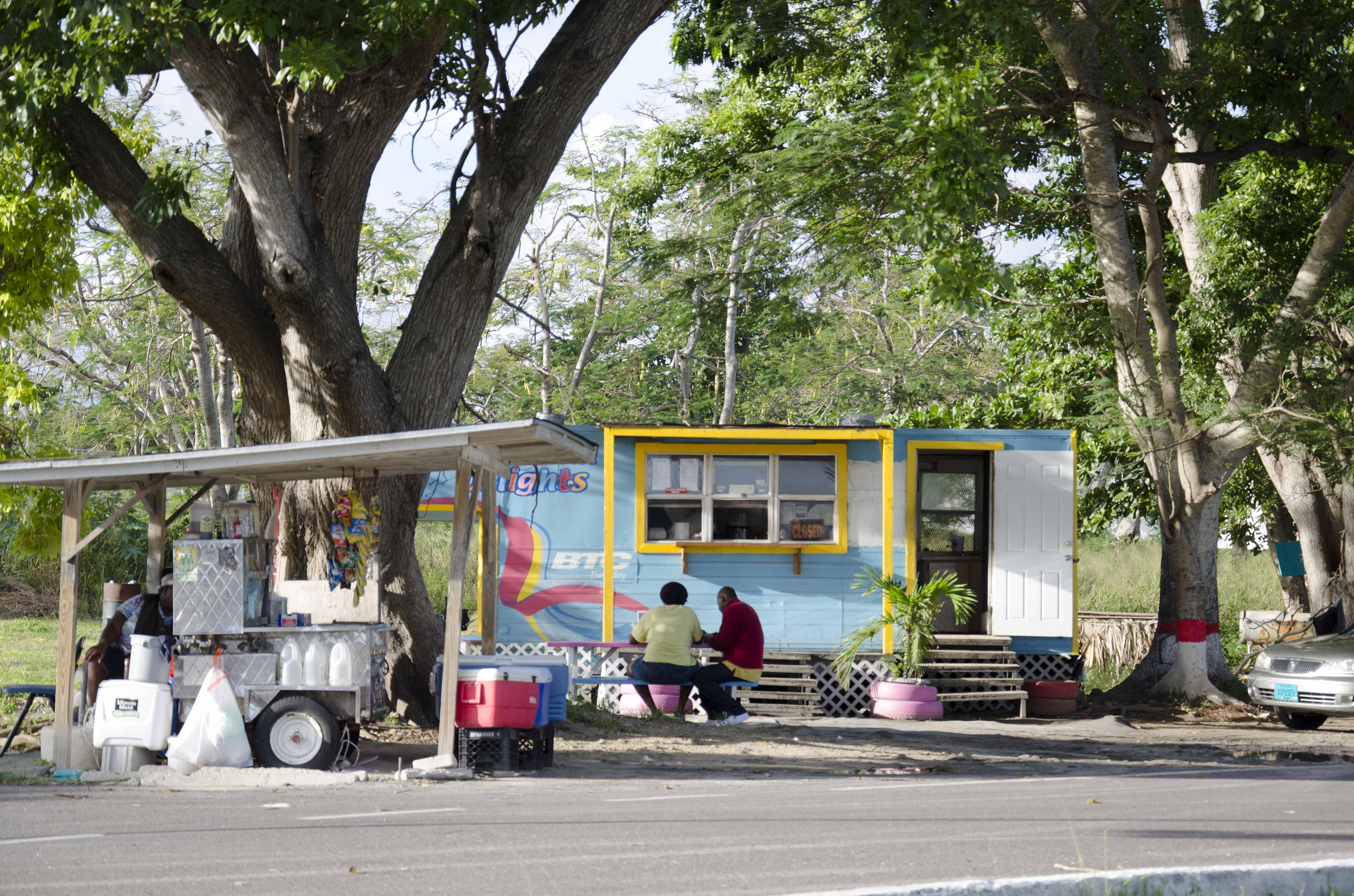 Thompson Blvd food stands