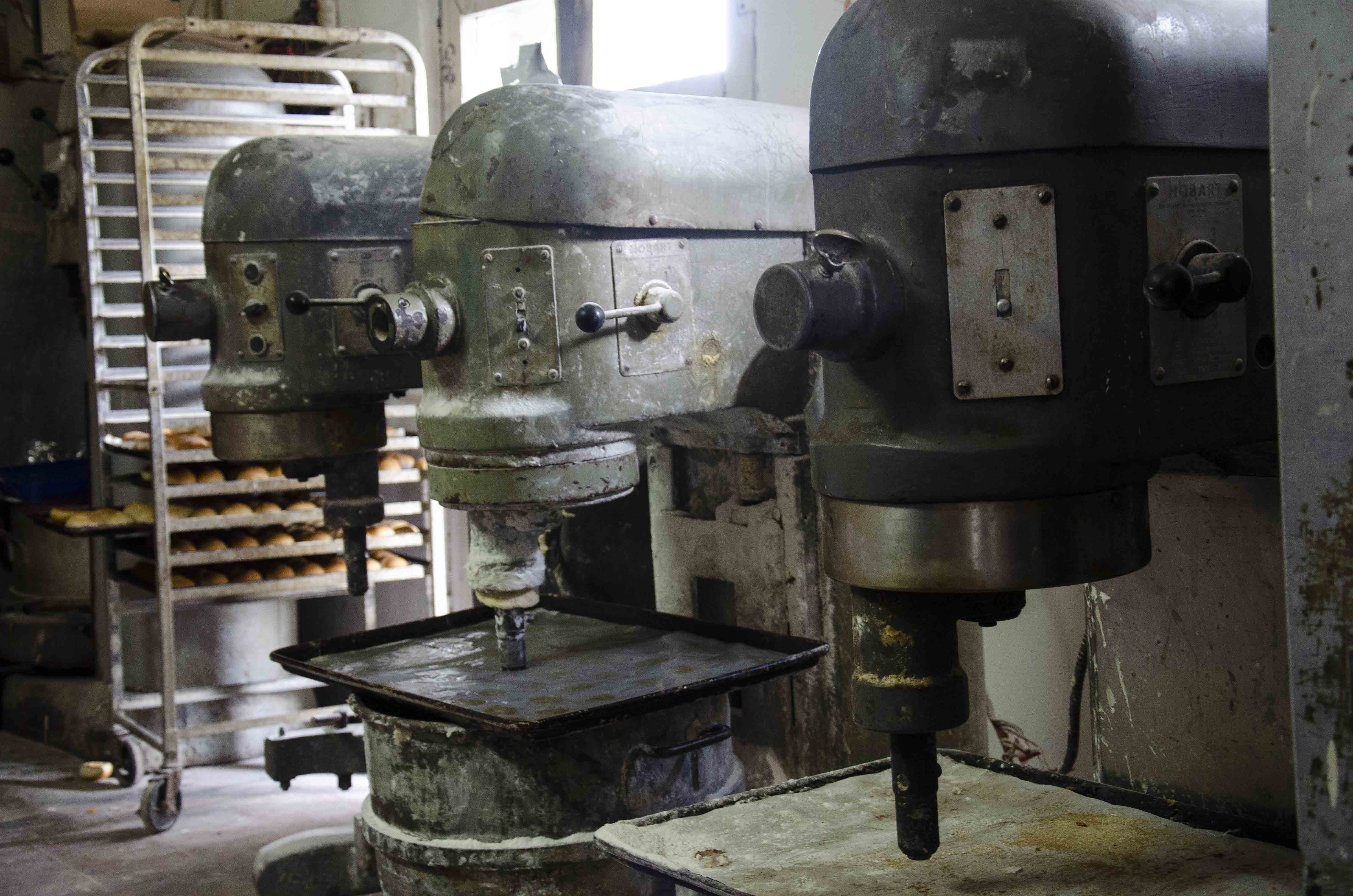 Model Bakery mixers